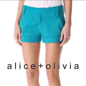 Alice + Olivia cuffed cady shorts in teal size 2